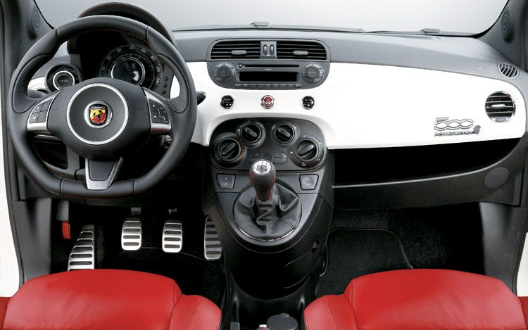 Fiat 500 Abarth >> 2009-fiat-500-abarth-interior | The Car Market South Africa
